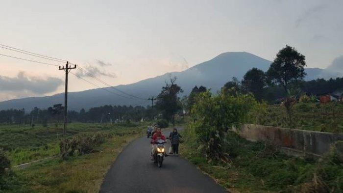 Jalur Pendakian Gunung Slamet via Bambangan Ditutup Lagi, Cuaca Ekstrem Masih Mengancam