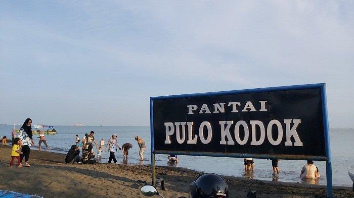 Pantai Pulo Kodok Tegal Mulai Dipadati Pengunjung, Hanya 15 Menit dari Pusat Kota