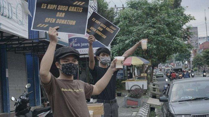 Pengusaha Kedai di Purwokerto Bagi-bagi Kopi Susu Gratis, Gelar Donasi bagi Warga Terdampak Covid