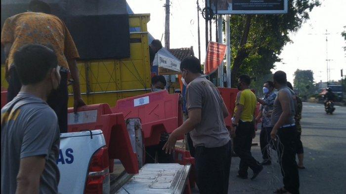 Exit Tol Pegandon Kendal Ditutup Total, Dua Lainnya Dijaga Polisi, Mulai Hari Ini Pukul 00.00