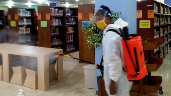 Seluruh Gedung di Unsoed Purwokerto Disemprot Disinfektan, Buntut 20 Warga Kampus Positif Covid