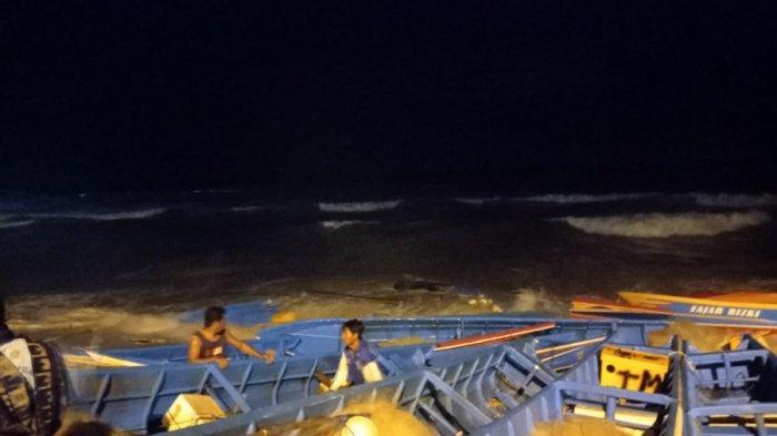 Tragedi Perahu Tersapu Ombak di Pantai Menganti Kebumen, Nelayan Harapkan Lahan Parkir Diperluas