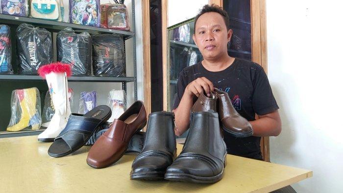 Tegal Memang Gudangnya Kerajinan Tangan, Ada Industri Sepatu Kulit Loh, Datang Saja ke Desa Pagongan