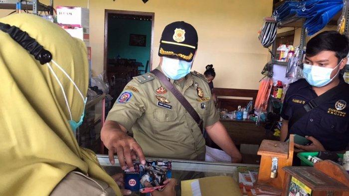 1.600 Batang Rokok Ilegal Disita, Konsumen Mayoritas Petani, Satpol PP Karanganyar: Cari Murahnya