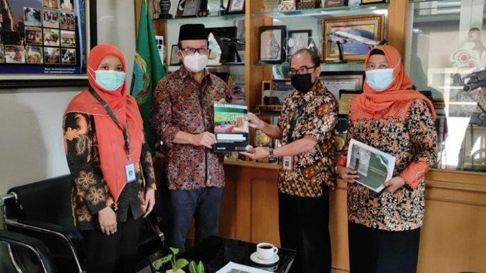 Diskusi Pendidikan Bersama Bupati Banyumas, Achmad Husein: Kerja Sama Program PINTAR Dilanjutkan