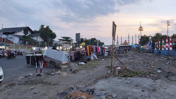 PKL Masih Bandel Jualan di Lokasi Proyek Jalan Pancasila Kota Tegal, Ini Rencana Tindakan Satpol PP