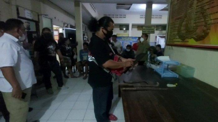 Dipicu Saling Pandang, Pemuda Kampung Sawah dan Karyawan Distributor Adu Jotos di Kalimas Semarang