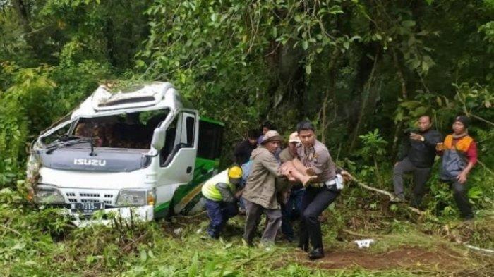 16 Mahasiswa Jadi Korban Kecelakaan Mini Bus, Ini Jumlah yang Selamat