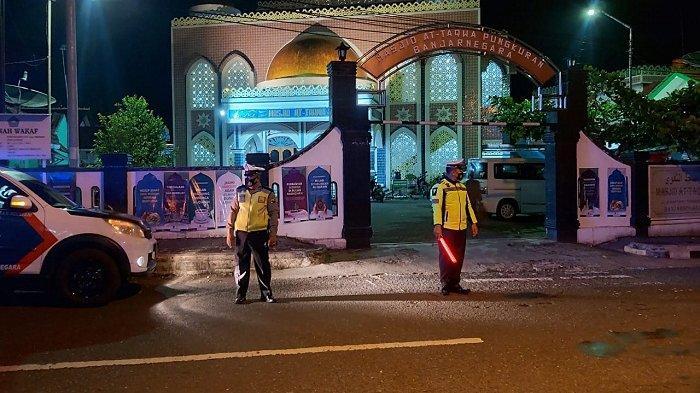 Anggota Polres Bajarnegara Tingkatkan Patroli selama Ramadan, Keliling Mulai Sore hingga Subuh