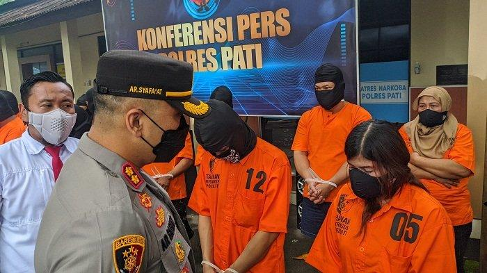 Suami Ditahan di Kedungpane, Ibu Rumah Tangga Asal Demak Nekat Jadi Kurir Narkoba. Ditangkap di Pati