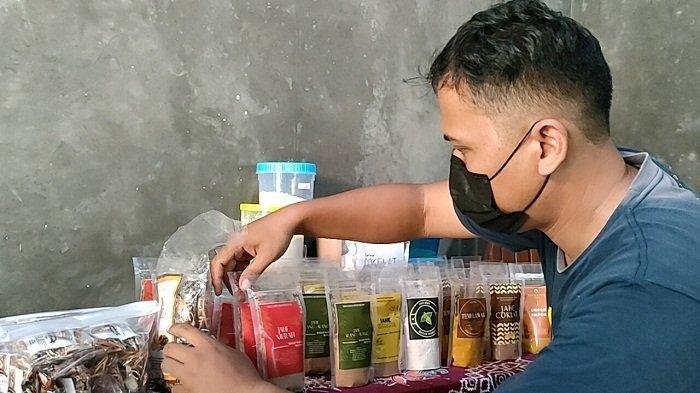 Kasus Covid Melonjak, Penjualan Minuman Rempah dan Empon-empon di Batang Meningkat