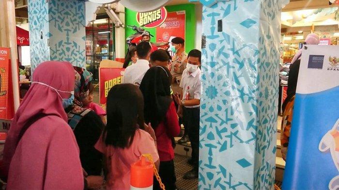 Pengelola Yogya Mall Pemalang Bikin Kartu Antrean, Makin Diserbu Warga Jelang Lebaran
