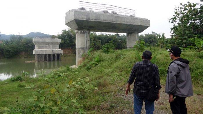 Jembatan Penghubung Dua Desa Mulai Dilanjut, Pemkab Banyumas: Akhir Tahun Ini Selesai