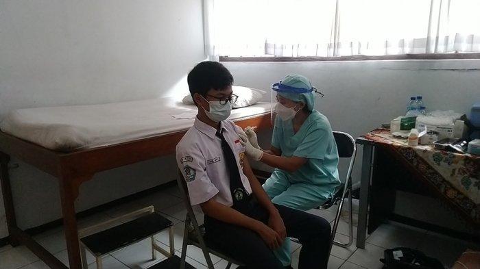 PTM dan Vaksinasi Pelajar Digelar Bersamaan, Semisal di SMPN 1 Kudus, Tahap Pertama 266 Dosis