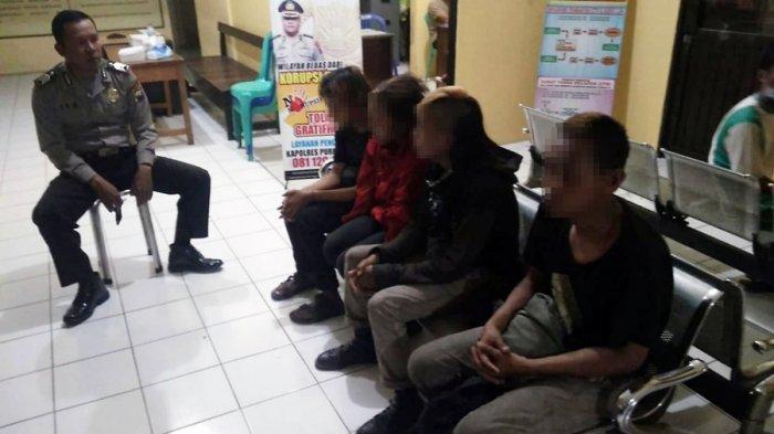 Resahkan Warga, Anak Punk Digelandang ke Polsek Bobotsari Purbalingga, Pesta Miras di Halaman Masjid
