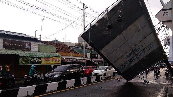 Dalam Sehari 12 Kali Angin Kencang Porak-porandakan Kota Tegal, Ini Catatan Kerusakannya