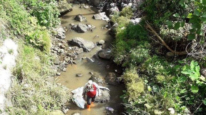 Bersihkan 2 DAS di Ambarawa Semarang, Relawan Angkut 3,8 Ton Sampah. Mayoritas Sampah Rumah Tangga