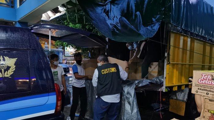 Petugas Bea Cukai Hentikan Truk Muatan Rokok Ilegal, Melintas GT Colomadu Karanganyar Menuju Jakarta
