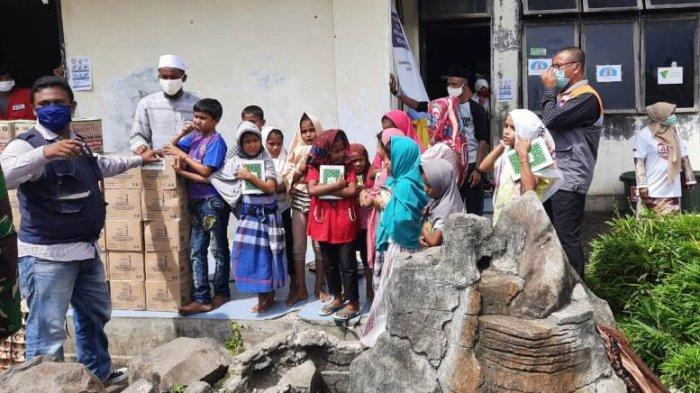 Rumah Cinta Brebes Salurkan Bantuan untuk 99 Muslim Pengungsi Rohingnya yang Terdampar di Aceh