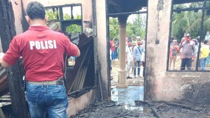 Rumah Terbakar Saat Sang Anak Pergi ke Tetangga, Nenek Ditemukan Tewas di Ruang Tengah