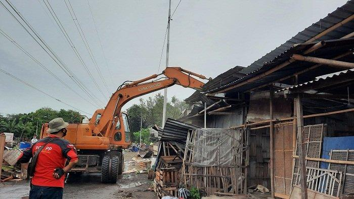 14 PKL Liar di Tanah Milik MAJT Ditertibkan, Pedagang Menyewa ke Oknum Rp 600 Ribu/Kapling