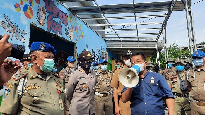 Tak Berizin dan Beroperasi di Dekat Masjid Agung Jawa Tengah, 2 Karaoke di Kota Semarang Dibongkar