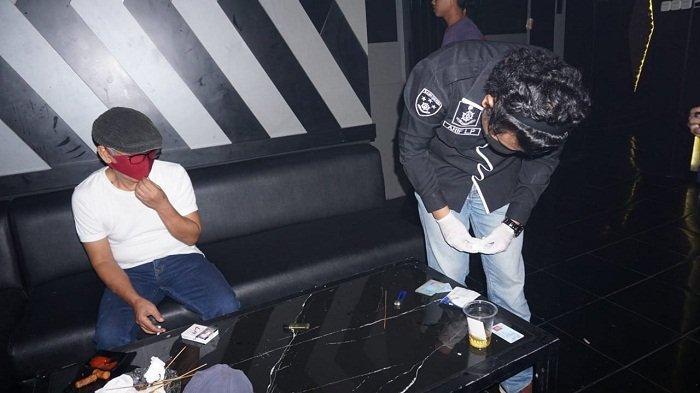 Satresnarkoba Polres Purbalingga Razia Tempat Karaoke, Lakukan Tes Urine ke Pengunjung