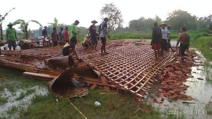 Sejumlah Rumah di Blora Rata dengan Tanah, Diterjang Angin Puting Beliung