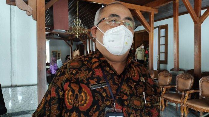 Gerakan Jateng di Rumah Saja di Banyumas, Pasar Tradisional Tetap Buka dalam Penjagaan Petugas