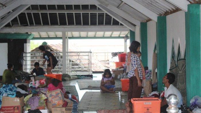 Genap Sepekan Banjir Rendam Genuk Kota Semarang, 160 Pengungsi Masih Tinggal di Masjid dan SD