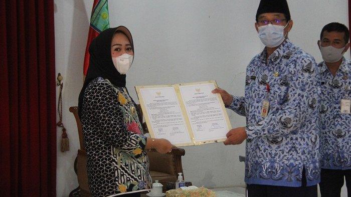 Serahkan Jabatan Bupati Purbalingga ke Sekda, Ini Pesan Tiwi