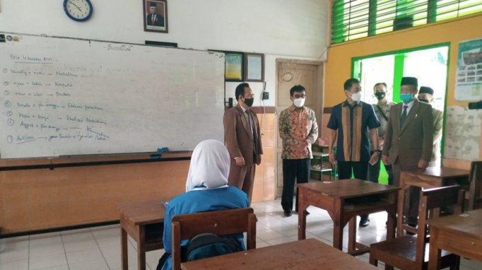 Sidak Penyelenggara Uji Coba PTM, Wali Kota Salatiga: Sekolah Sudah Patuhi Prokes