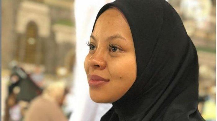 KABAR DUKA - Siti Sarah Meninggal Dunia, Penyanyi Asal Malaysia Ini Berkondisi Hamil