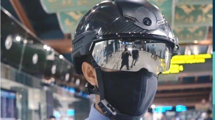 Kecanggihan Helm Pintar Pendeteksi Corona Petugas Bandara Soekarno-Hatta yang Dibanderol Rp 95 Juta