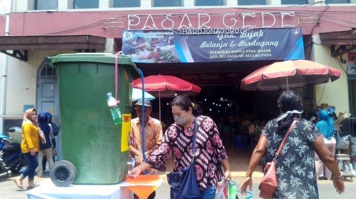 Bak Sampah Disulap Tandon Air, Fasilitas Cuci Tangan di Pasar Gede Solo