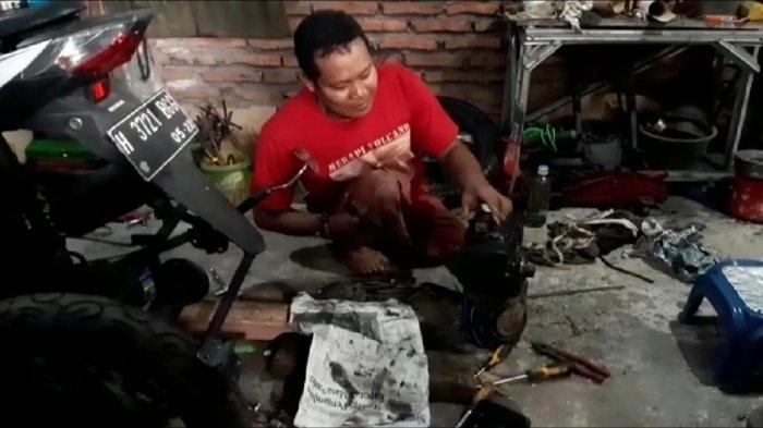 Ilmu Titen Jadi Model Suwanto Disabilitas Semarang Modifikasi Motor Roda Tiga