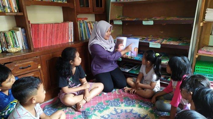 Mega Dirikan Taman Baca di Pojok Rumah, Hindari Anak Kota Salatiga Kecanduan Gawai
