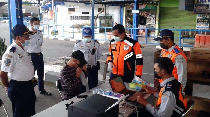 Terminal Tingkir Kota Salatiga Mulai Berlakukan Tes GeNose, Dipilih 10 Penumpang Secara Acak