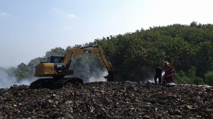 Sampah TPA Darupono Kendal Kembali Terbakar, Petugas Gabungan Berjibaku Selama Empat Hari