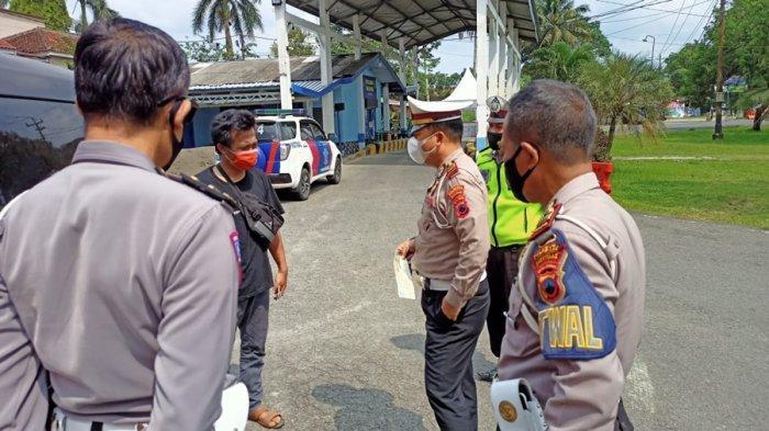 Polisi Cegat Travel Gelap di Ajibarang Banyumas, Angkut Lima Penumpang dari Jakarta ke Kebumen