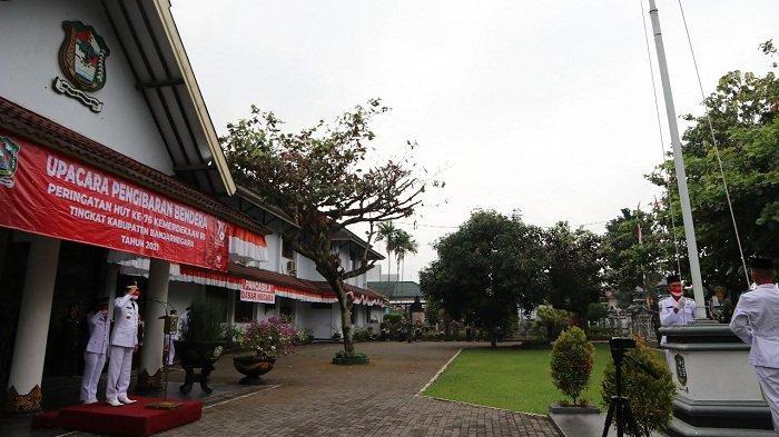 Ini Pesan Gubernur Ganjar di Upacara HUT RI di Banjarnegara: Kita Mestinya Jadi Lumbung Pangan Dunia