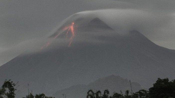 Update Merapi Hari Ini, Terjadi Guguran Awan Panas Sejauh 1.000 Meter, Berstatus Siaga Level III