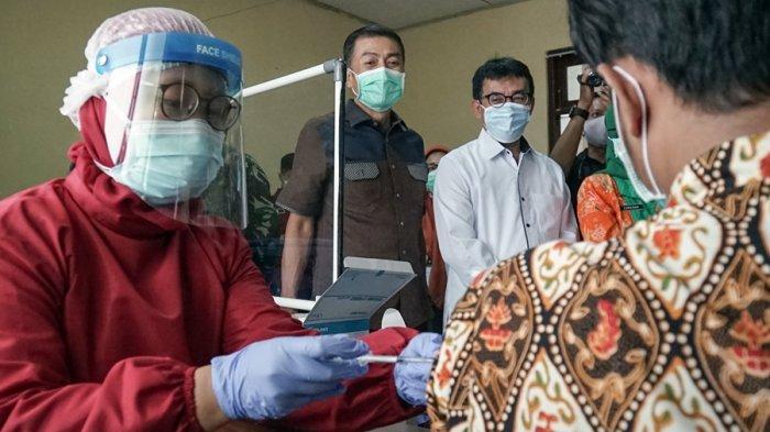 166 Nakes Batal Disuntik Vaksin, DKK Salatiga: Mereka Menderita Penyakit Permanen