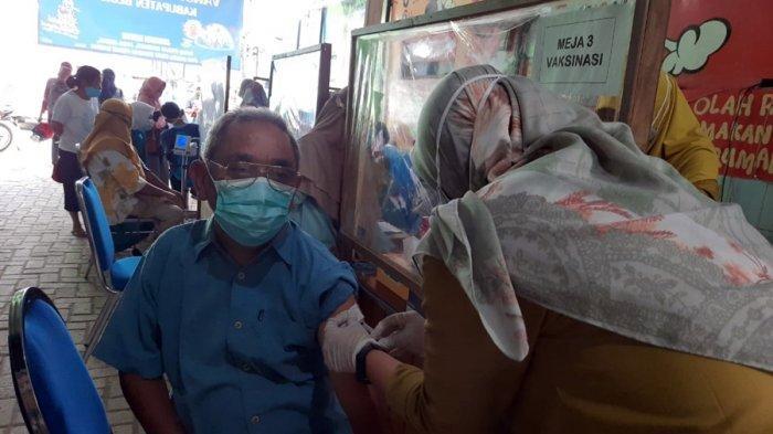 Masih Ada 81 Ribu Lansia Belum Disuntik Vaksin di Blora