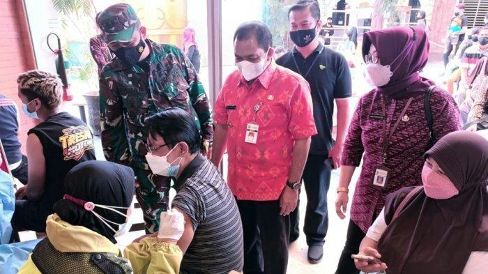 Bupati Semarang Bersedia Terima Sanksi, Izinkan Warung Terima Pelanggan 25 Persen dari Kapasitas