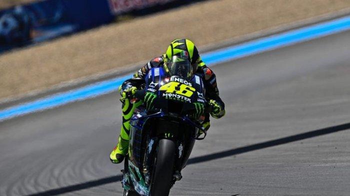 Detik-Detik Motor Zarco Melayang di Atas Kepala Rossi