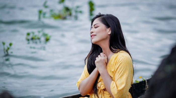 Penyanyi Dangdut Ini Segera Rilis Dua Lagu, Vebrie Verona Pilih Lokasi Syuting di Kintamani Bali