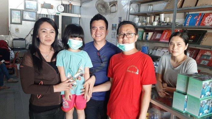 Viral Kisah Ayah dan Anak Penderita Kanker Kesusahan Cari Masker, Begini Nasibnya Sekarang