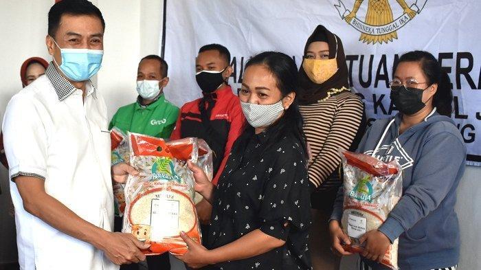 18.936 Keluarga di Salatiga Mulai Terima Bantuan Beras dari Kemensos, Masing-masing Terima 10 Kg
