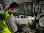 ambulans-kecelakaan-di-exit-tol-adiwerna-kabupaten-tegal-kamis-1992019.jpg
